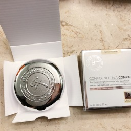 IT Cosmetics | Confidence in a Compact First Impressions